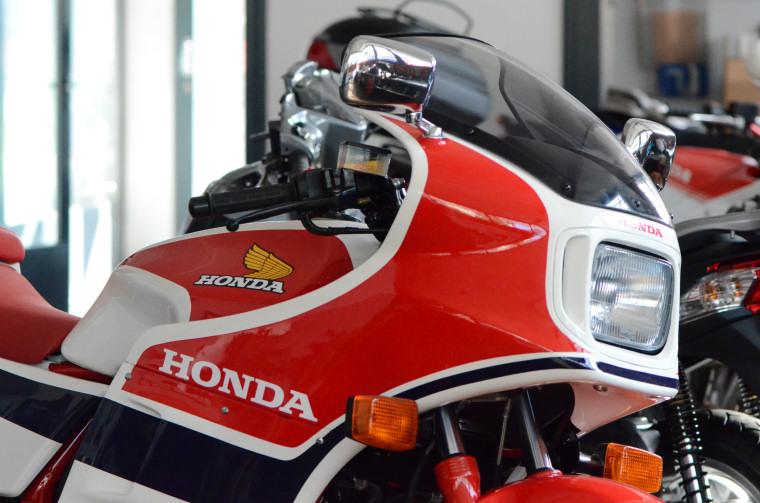 wp-000-Honda cb100r-01